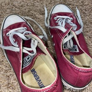 ✰ Maroon Converse All Star ✰